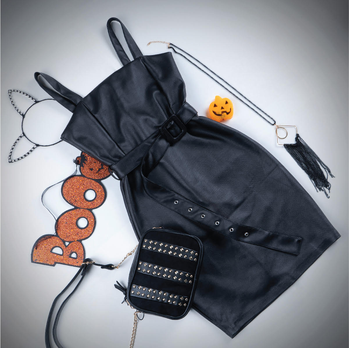 'Trick O'Chic' outfit