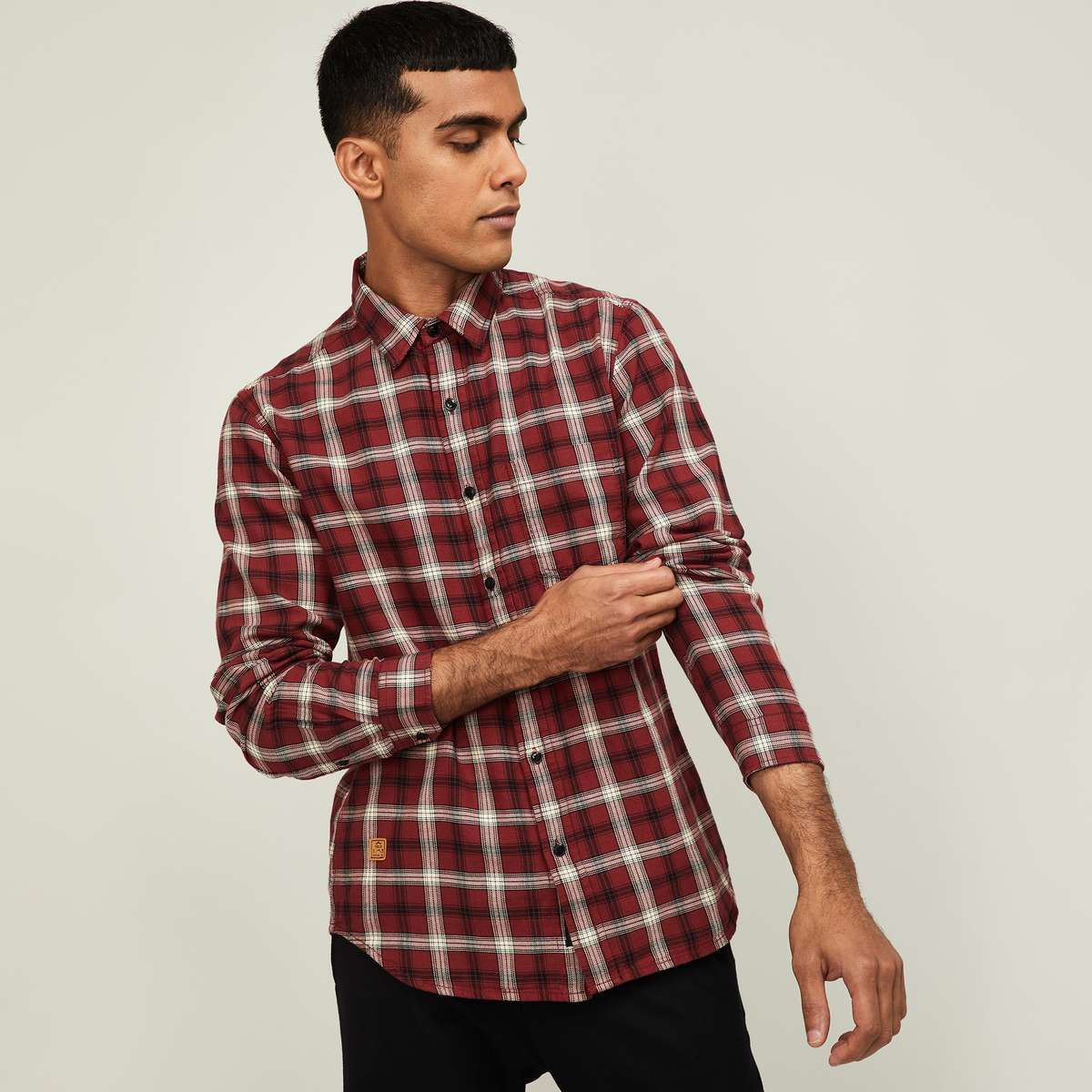 6-FORCA Men Checked Full Sleeves Slim Fit Casual Shirt