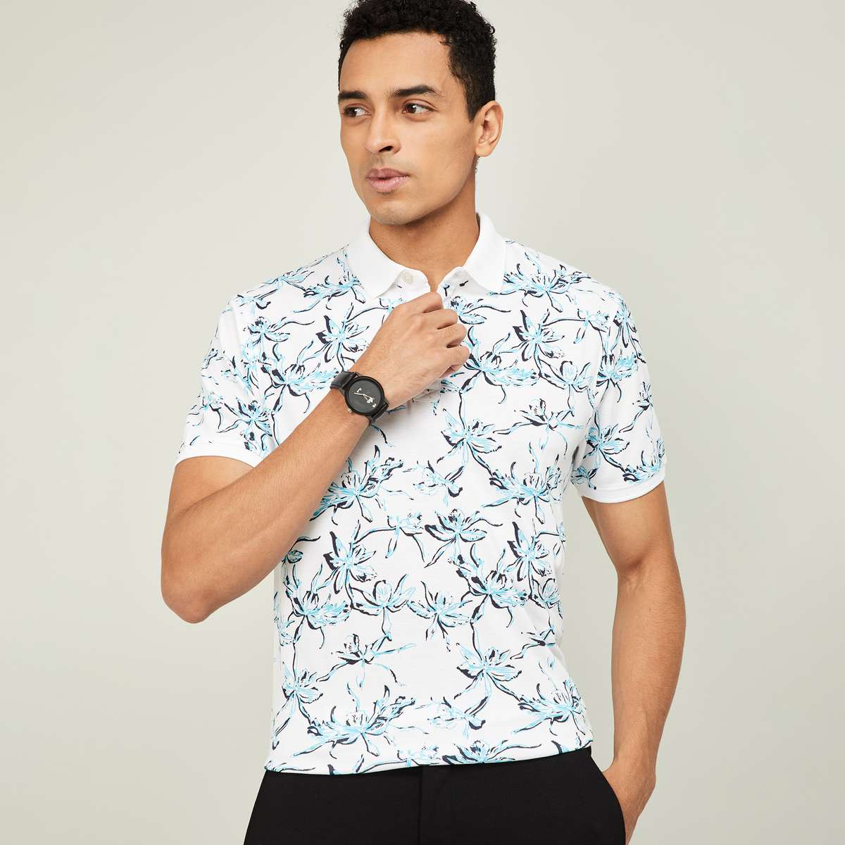 2.CODE Men Floral Print Short Sleeves Regular Fit Polo T-shirt