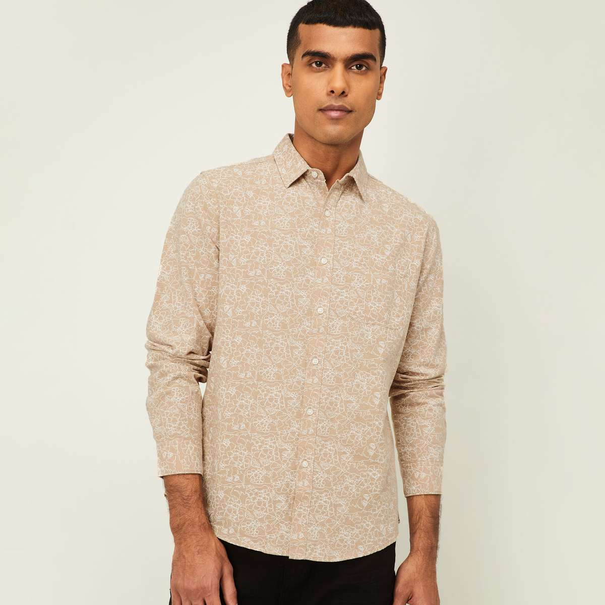 4.DENIMIZE Men Printed Regular Fit Casual Shirt