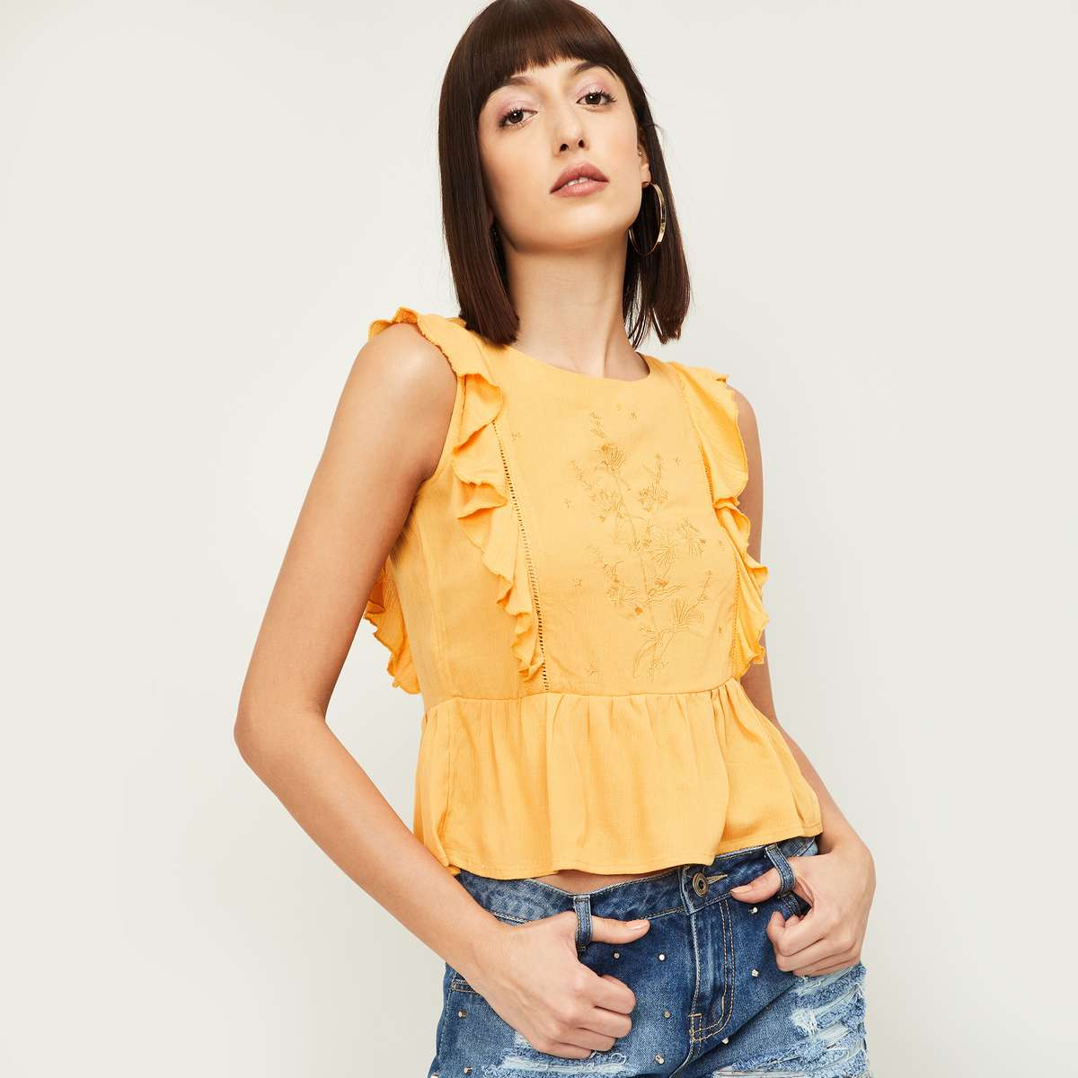 5-GINGER Women Embroidered Sleeveless Peplum Top