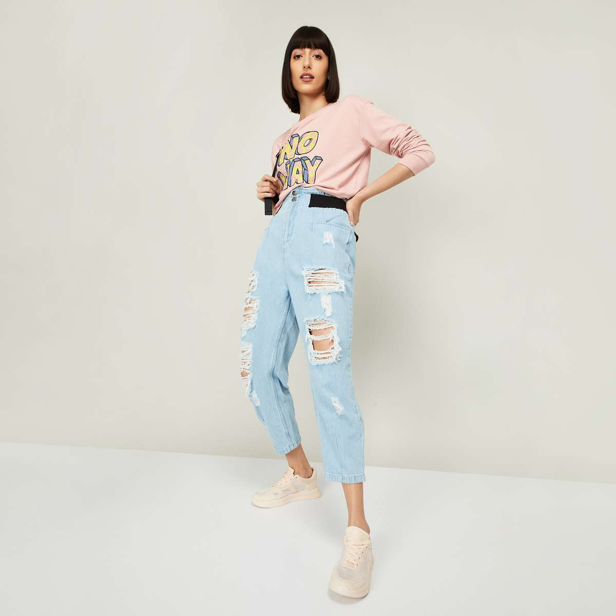 2.GINGER Women Washed Tapered Fit Jeans