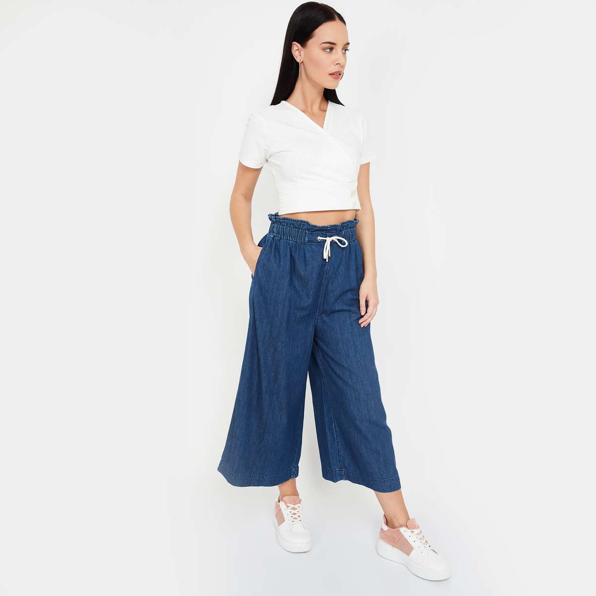 4.GINGER Solid Elasticated Flared Jeans