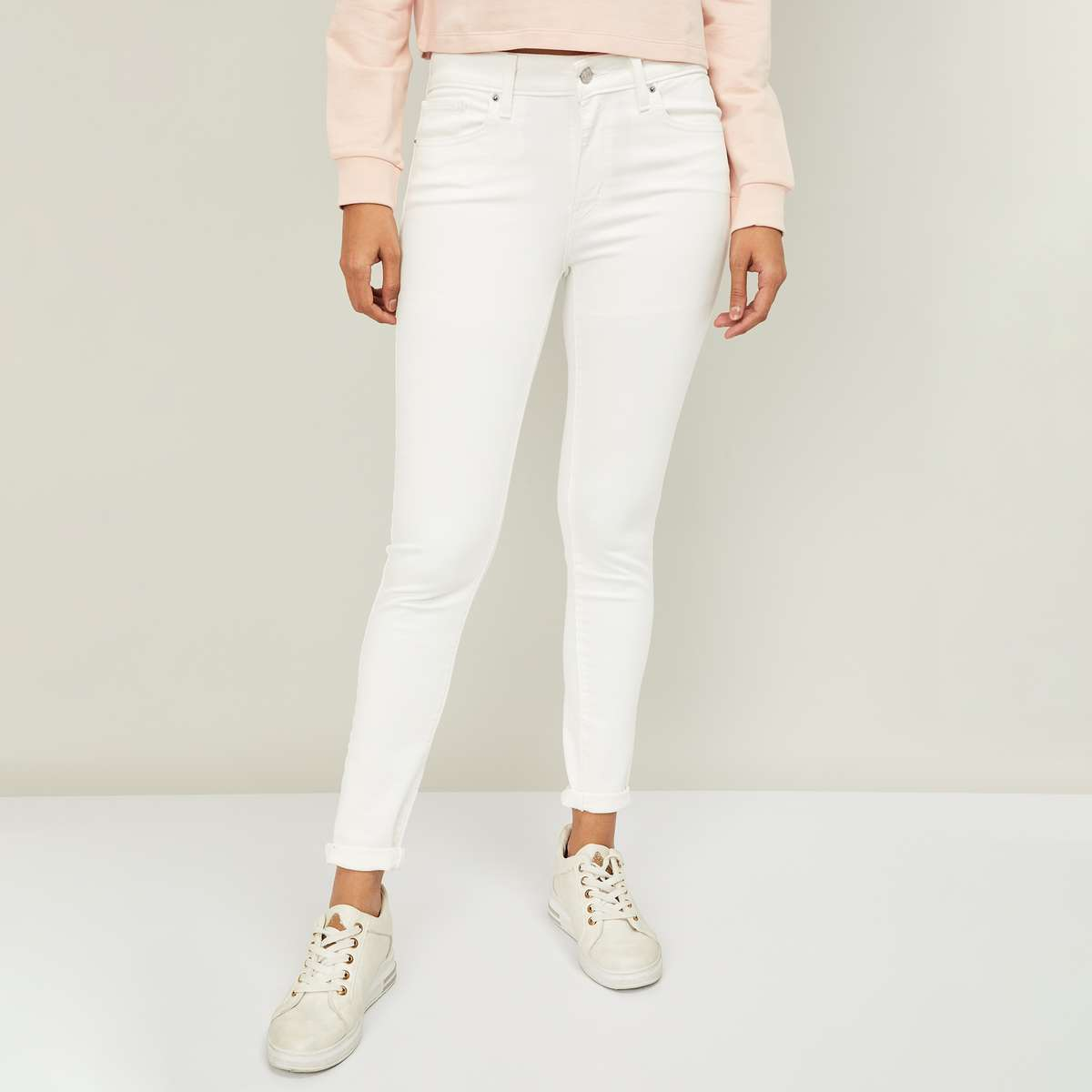 5.LEVI'S Women Solid Skinny Fit Jeans