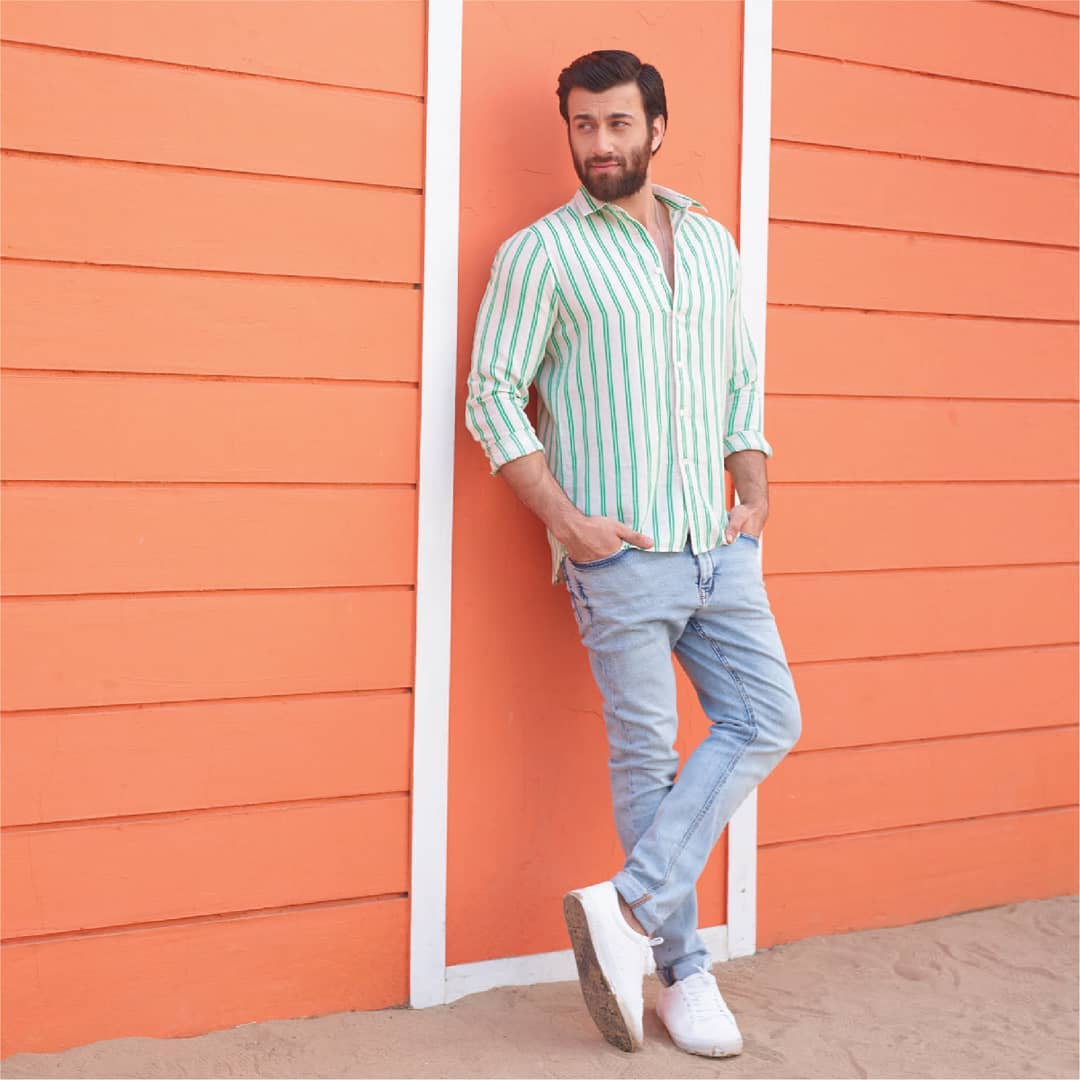 1.Stonewashed Slim Tapered Jeans and Linen Shirt