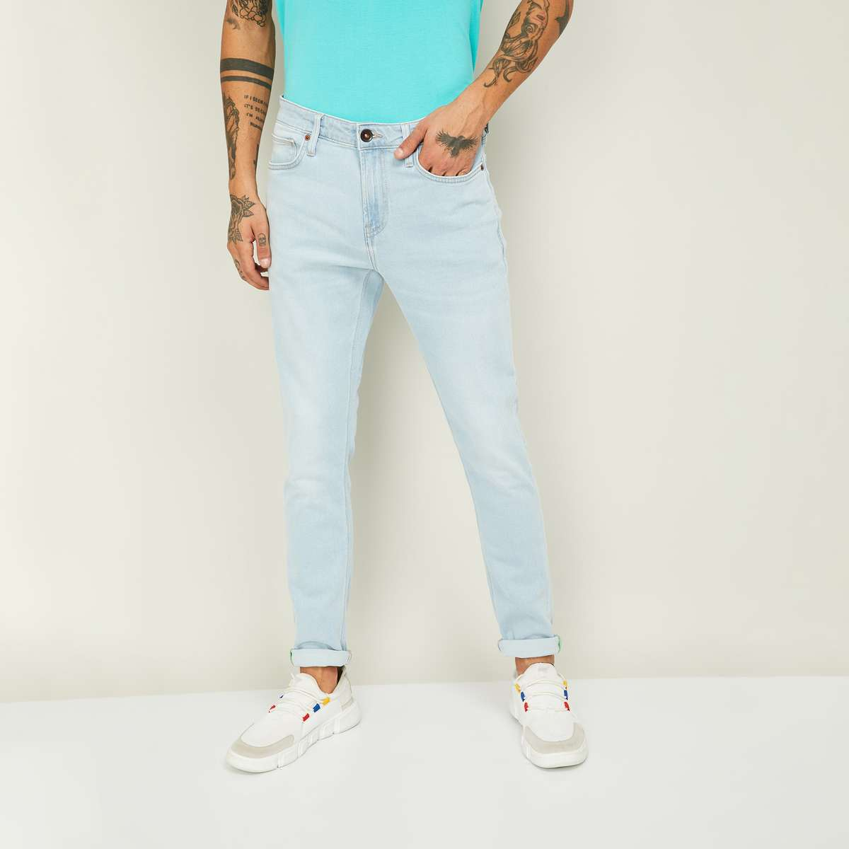 3.UNITED COLORS OF BENETTON Men Stonewashed Skinny Fit Jeans