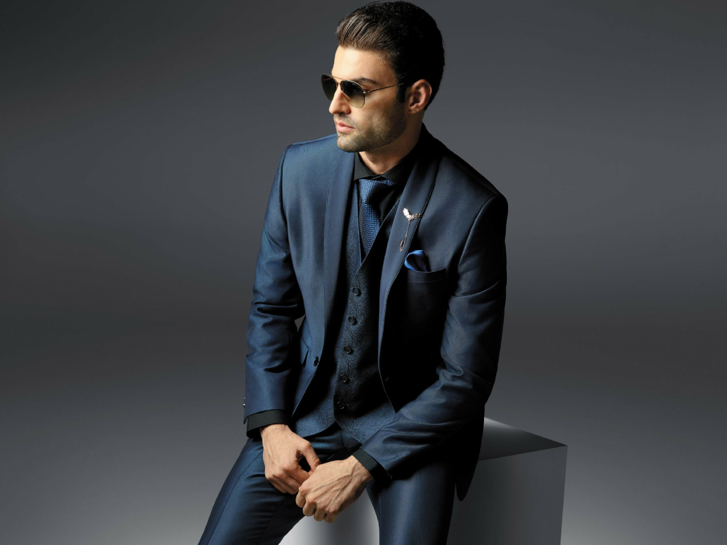 men's three piece suit trend