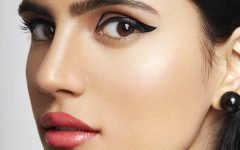 graphic-eyeliner-beauty-SS18
