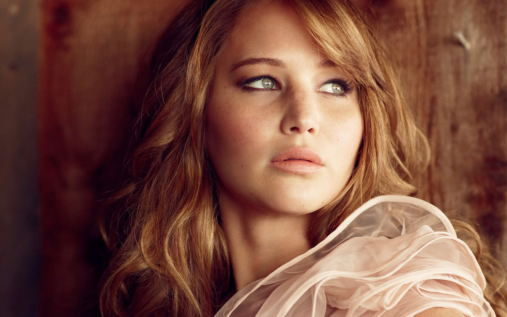 jennifer_lawrence_7-1920x1200