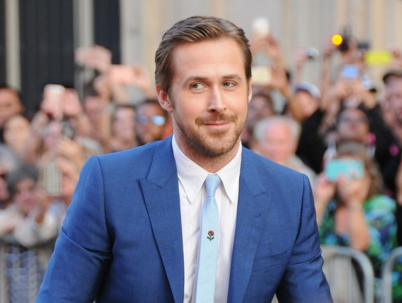 ryan-gosling-floral-embroidery-tie